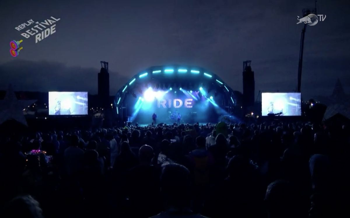 Ride onstage at Bestival 2016